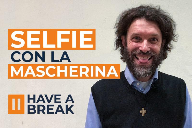 selfie con la mascherina